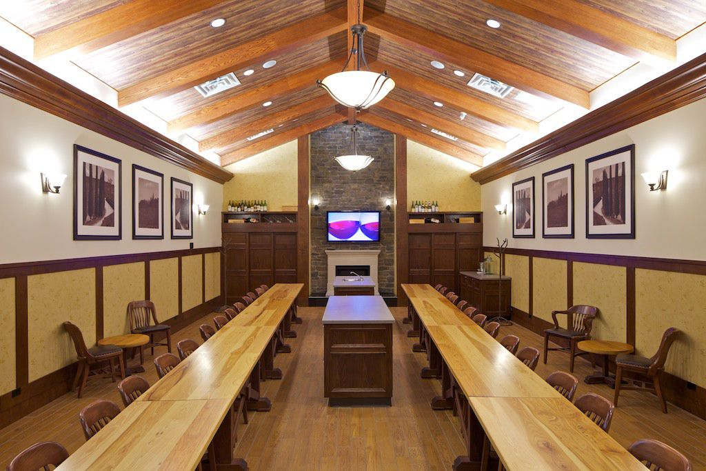 Crowfoot tasting room